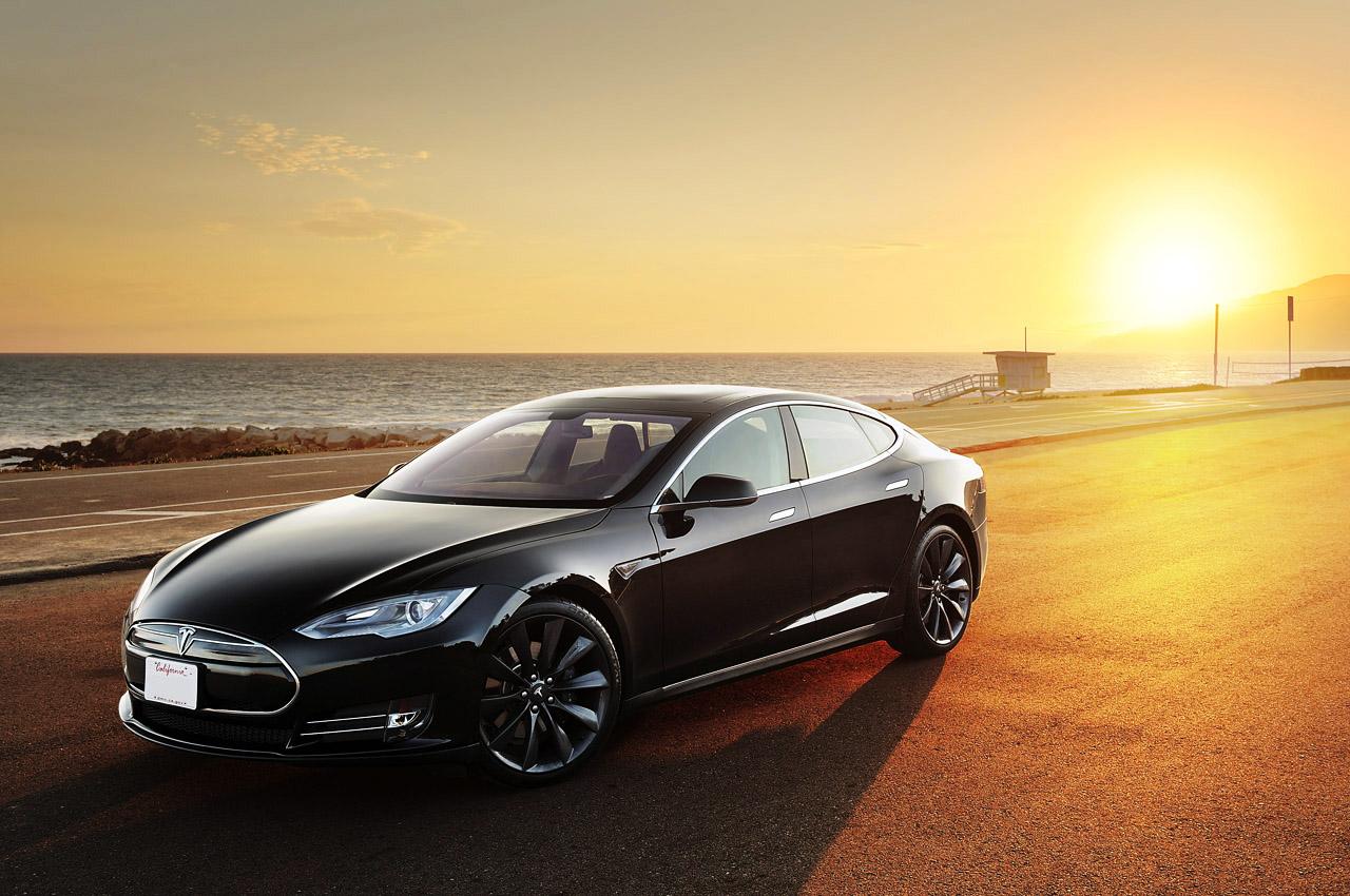 2012 Tesla Model S 6