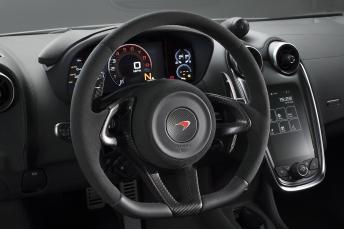 mclaren-570s-track-pack-steering-wheel
